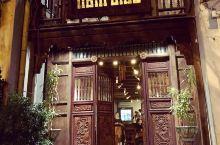 在Nam Giao品尝美味的蒸汽蜗牛和牵牛花 Nam Giao是一家坐落在▼◆越南海防市中心的非常古