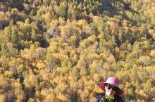 最美禾木村  贾登峪到禾木村是国内外知名的徒步线路。我们当时选择分开两段走。中途住宿在半路客栈,客栈