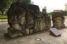 贵港广场,广西最大的广场,跑一圈3.5公里左右,入住附近城市快捷酒店,风景独好!