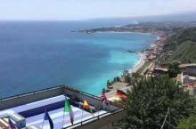 西西里岛悬崖古城陶尔米纳