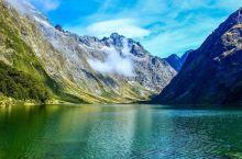玛丽安湖 | 新西兰路上的风景,世上最美的湖畔之一  玛丽安湖是蒂阿瑙小镇的一个湖泊,这个小镇就是围