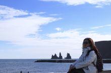 冰岛美美的黑沙滩鲁冰花