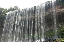 万州大瀑布是国家4A旅游景区,瀑布以磅礴的气势和奇特的景观让世人瞩目。瀑布宽151米,高64.5米,