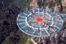 中国第一险狼牙山玻璃桥,只有几根柱子支撑