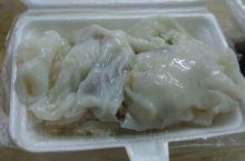 传说中城中村里的好味道拉肠,位于三元里抗英大街菜市场里。还有另外一条路可以在中医学院对面的M记旁边的