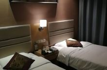 房间很好,很舒服,前台接待很有礼貌!!!