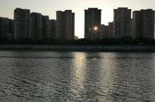 梅州一江两岸的落日余晖随拍。