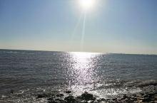 这一刻的北戴河海岸线 海面爱上了天空 晴空万里蓝蓝的天空下是蔚蓝清澈的海浪花