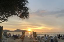 普吉岛的芭东海滩,日落全过程,天空的颜色变幻