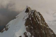 雀儿山攀登记录 去年爬雀儿山途中拍的雪山 四川绝对是最多适合入门雪山爱好者练习的地方  雀儿山也是6