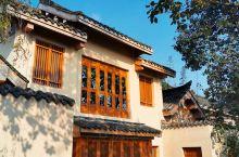上善若水,道法自然,青城山六善酒店的阳光周末。 酒店的房间空间和户外空间足够多,即使是最小的联排别墅