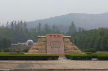 独秀园是以陈独秀墓为核心的大型人文景观,国家AAAA级旅游景区,全国重点文物保护单位,位于安徽省安