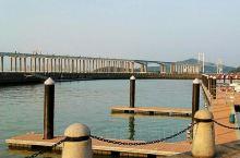 虎门大桥位于珠江狮子洋之上,不但是连接南沙与东莞虎门主要的跨海大桥,而且还是南沙天后宫景区的一道风景