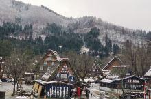 白川乡合掌村在日本乃至世界也是一个很有名的地点 下雪的白川乡更是美的如痴如醉 每一个屋子,每一条小路