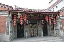 大年初一我们从上海来到了泉州,这里有我家先生的学生,学生因关键时刻,没有回上海过年,要在岗位上主持工