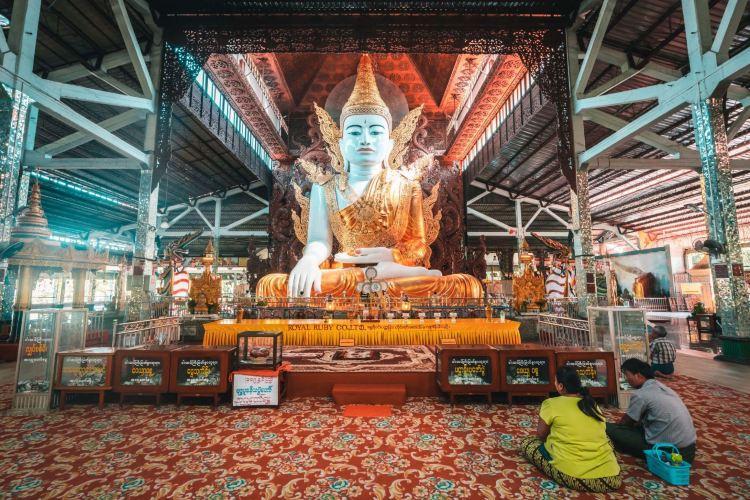 Nga Htat Gyi Pagoda2