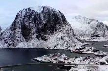 挪威航拍《孤独星球》全球十大最美小镇 这一篇专门放挪威罗弗敦群岛的航拍照片,美炸了。另外,有一些实用