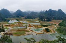 普者黑景区位于云南省文山州丘北县境内, 是摄影爱好者的天堂,拥有众多的自然元素素材,还可拍到日出日落