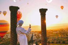 土耳其洞穴酒店,躺着就能看热气球!  在《孤独星球》上就能找到的卡帕多奇亚老牌酒店  酒店名:旅行