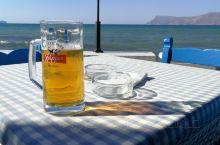 【Cellar餐厅,不只是吃吃吃】 Cellar就在Kissamos镇down town的海边,景致