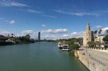 塞维利亚黄金塔,河边小众景点。