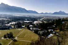 不一样的角度看萨尔茨堡,萨尔茨堡要塞所在的山上俯瞰整个城市,别样风情和美丽风景。最最重要避开大批国人