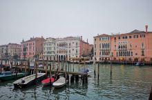 威尼斯的水非常翠绿,比照片颜色翠很多