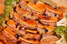 打卡贺州美食 民以食为天,像我这样以觅食为目的来贺州的可能不多,哈哈。虽然这次觅到的不是华丽的食材,