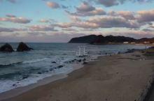 系岛市位于九州福冈县的西方,四周紧邻风景优美的玄海滩、唐金湾,让它成为了福冈人周末小旅行的首选!无敌