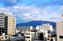 富士山吞云吐雾?