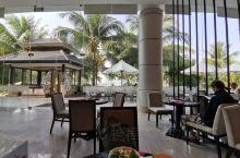 9月29日。到越南芽庄必须要到珍珠岛去玩,才能说是不虚此行,要在岛上住一晚上,岛上的酒店非常好,相当