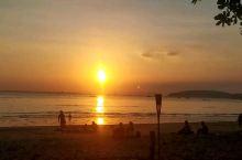 泰国甲米奥南海滩的夕阳