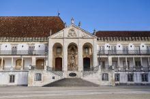 coimbra实在算不上太有名气的旅行目的地,但这里却是葡萄牙语的发源地,同时也是电影哈利波特系列中