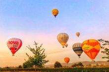 墨尔本的城市日出热气球全记录 早上Global Ballooning的工作人员开着拉有热气球藤筐的小