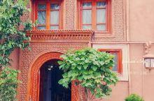 喀什噶尔老城,应该是喀什最重要的景点了。都说不到喀什就等于没来过新疆,那么喀什的人文精华大约就在这里