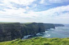 """刷爆朋友圈的""""天涯海角"""",墙裂推荐!  莫赫悬崖坐落在爱尔兰岛的边缘,是欧洲迄今为止海拔最高的悬崖,"""