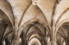 经典的哥特式大教堂,很好的地方
