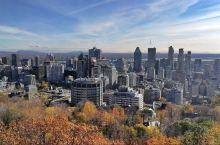 蒙特利尔空气清新的皇家山公园。