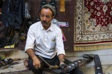 """""""不到喀什,就不算到新疆""""。喀什,全称为""""喀什噶尔"""",古称""""疏勒"""",曾是西域三十六国之一,""""安西四镇"""