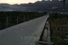 欢迎到贵州黔东南榕江来旅游,这里的名族歌舞非常热情,长桌宴等你来尝