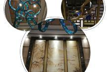 清风竹苑酒店 这是一家潍坊的三星级酒店,新开业的 给人的第一感觉就是很精致 因为叫竹苑,所以 处处都