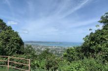 平台上可以望见整个普及岛的风景~