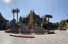 西双版纳市区内必来的打卡点- 曼听公园 西双版纳总佛寺, 非常能代表西双版纳民族文化的一个景点,这里