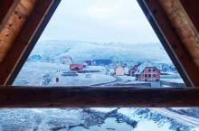 塞尔维亚之行最爱的小木屋民宿今年春节依旧选择流浪在欧洲~盯上了第一个免签的欧洲国家~塞尔维亚   此
