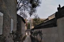 河南省焦作市的陈家沟有一座陈家屋,据说当年杨露禅打工的人家,也是杨露禅偷学拳的人家,我很喜欢这个庭院