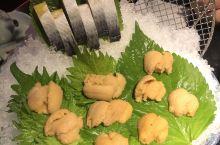 上井的食材真的很新鲜,服务也超级棒!海胆不限量吃到饱!无限回购!