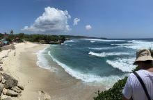 蓝梦岛的梦幻海滩,细细的白沙滩,湛蓝湛蓝的海水