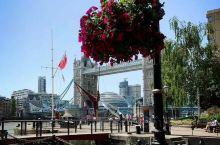 伦敦塔桥,伦敦最著名的打卡地,已经来过好几回了。本老头相信,到伦敦的旅行者,不到这地方站站的指定不多