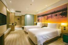 沧州任丘亚朵酒店总有不期而遇的温暖,足不出户带您领略白洋淀风采,旅途中最好的休息驿站。