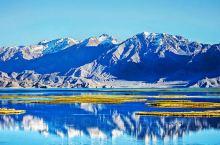 """班公错位于阿里日土县城西北,为内陆湖,湖水东淡西咸,有海拔最高的""""鸟岛""""。         班公错明"""